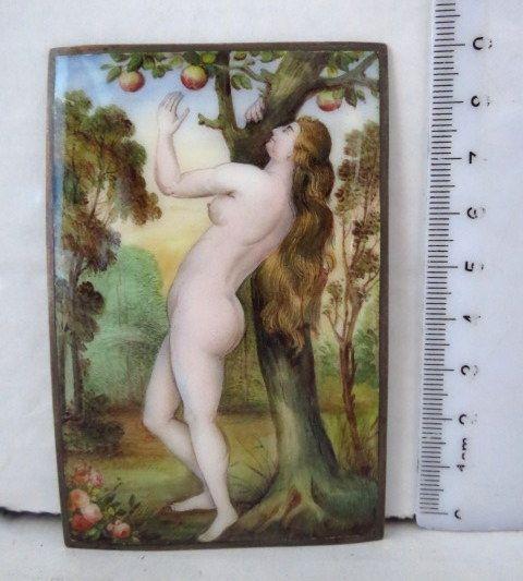 """מיניאטורה מצויירת ביד, אמייל ע""""ג לוח כסף, חוה ועץ הדעת, המאה ה18"""