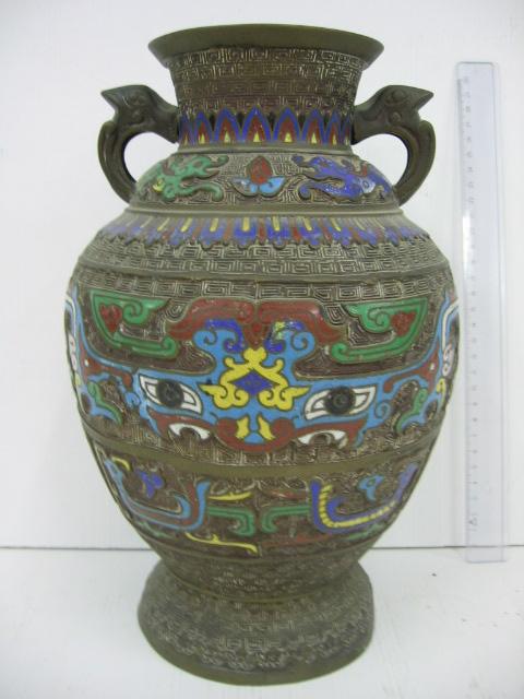 אגרטל ברונזה סיני עם עבודת קלוזונה