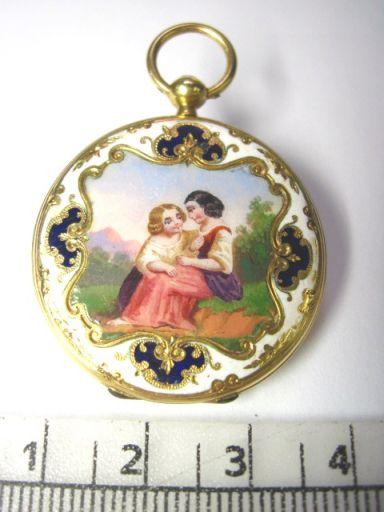 שעון כיס עתיק, מנגנון צילינדר צרפת המאה ה19, קופסה זהב עם ציור אמייל, לאישה