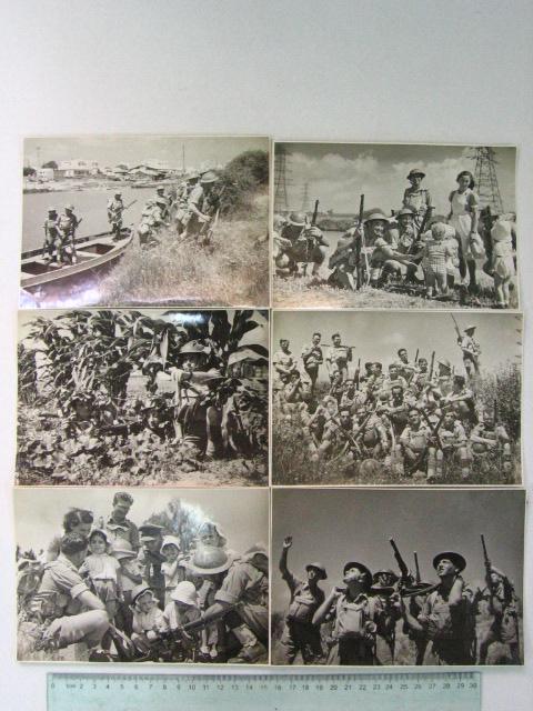 """ששה צילומים, קבוצת חיילים """"מדגמנים"""" טירונות של חיילי בריגדה ליד הירקון, כ""""א 12X17.5 ס""""מ"""