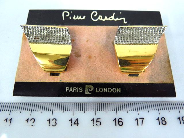 זוג עגילים, תכשיטי אופנה תוצ Pierre Cardin