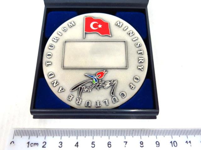 מדלית הענקה של משרד התיירות של טורקיה ציפוי כסף עם אמייל