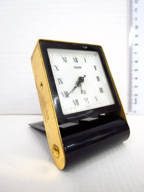 שעון מעורר למסע, תוצ Jaeger שוויץ