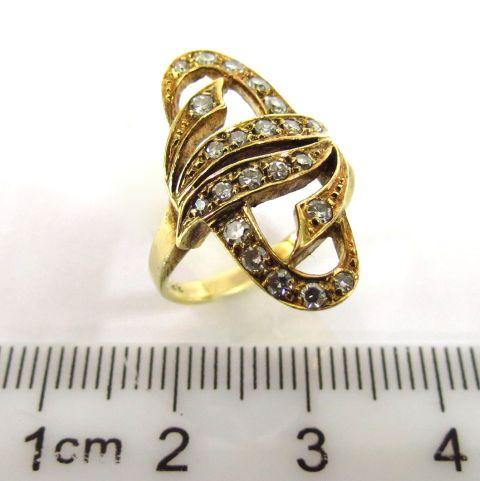 """טבעת זהב 14K, משובצת ב-22 יהלומים , 1-2 נק' כ""""א"""