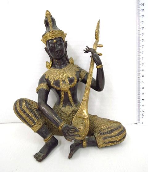 פיגורת פליז בורמזית, נגן מקדש
