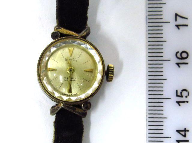 שעון יד תוצ Sandor, שוויץ קופסה מתכת