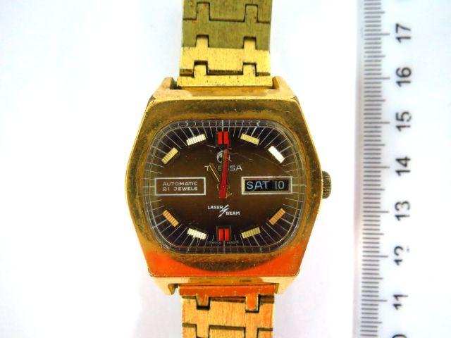 שעון יד תוצ Fressa שוויץ מנגנון אוטומאטי, עם שילוב מנגנון אלקטרוני, כולל יום ותאריך, כל החלקים מקוריים (חתומים), לגבר