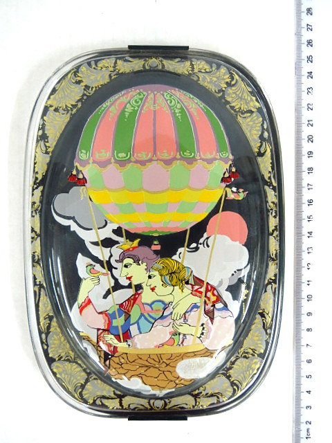 פלק זכוכית עם ציור אמייל תוצ Rodenthal, זוג בבלון פורח, מתוך מפצח האגוזים (Nuss Kracker) חתום
