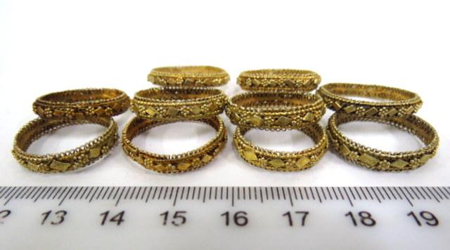 עשר טבעות כסף מוזהבות עבודת יד אמן תימנית