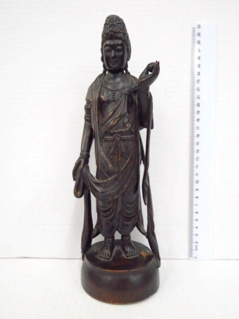 פיגורת עץ מגולפת, בודהיסטווה של החמלה, יפן, תקופת אדו מאוחר, אמצע המאה ה19