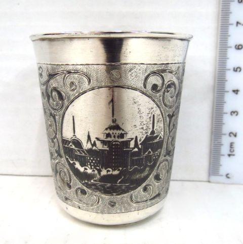 כוס כסף 84 (צ'רקה), מוסקבה 1863, עם חריטה וניילו,