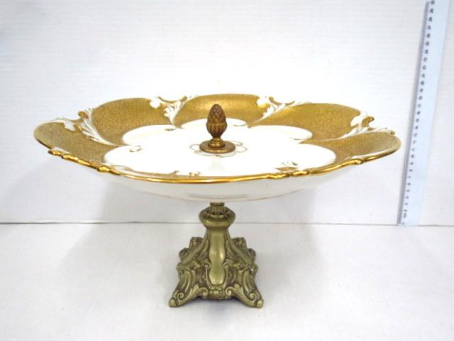 סנטרפיס, צלחת פורצלן תוצ Ilmenau עם הזהבה, על בסיס רגלית מצופה כסף