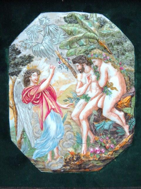 פלק קרמיקה, עבודת קאפו די מונטה תבליט המראה את אדם, חוה והמלאך
